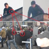 Červeno-černé pásky přes ruku je označení příslušníků fašistického Pravého sektoru